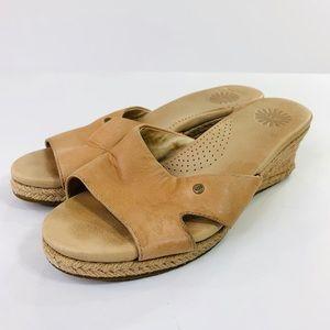 UGG Sandal Wedge Espadrille Tan Size 7W